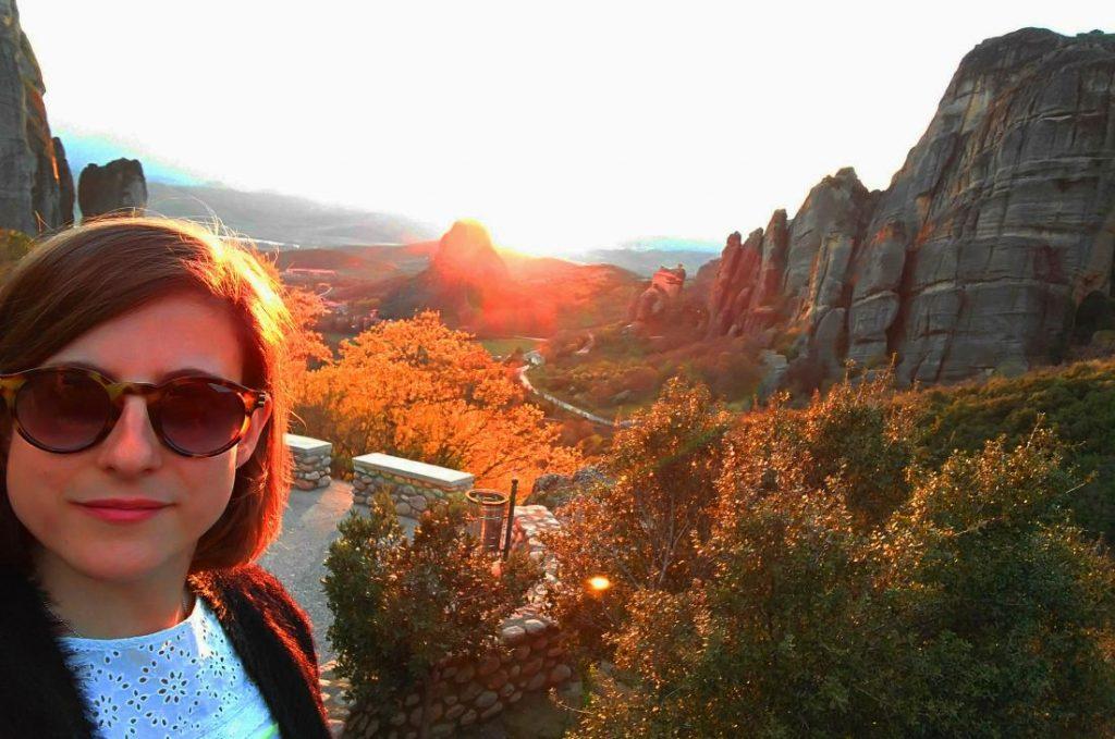Mary Caves en atardecer en Meteora, Kalambaka, Grecia