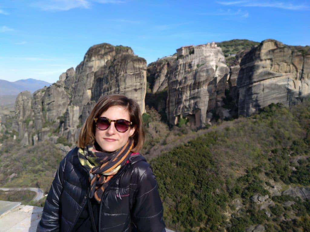 Mary Caves en montañas de Meteora, Kalambaka, Grecia
